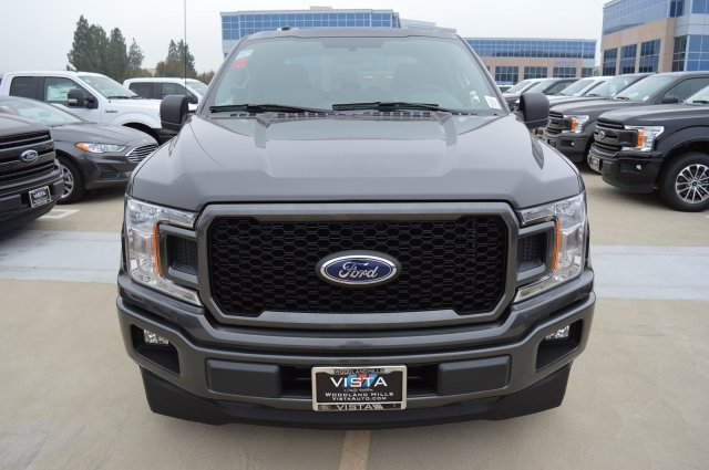 2018 F-150 SuperCrew Cab 4x2,  Pickup #181631 - photo 4