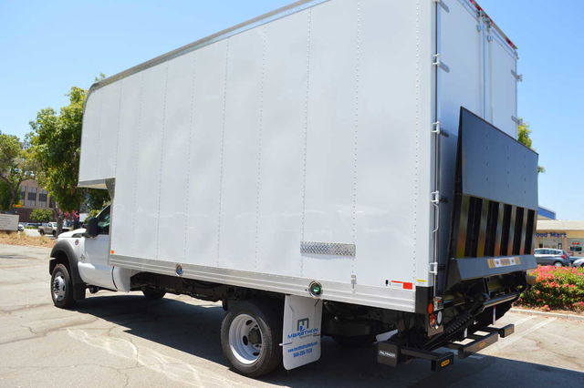 2016 F-550 Regular Cab DRW, Dry Freight #C161586 - photo 2