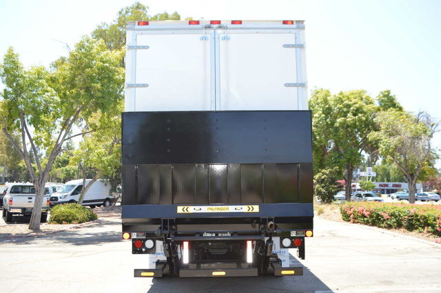 2016 F-550 Regular Cab DRW, Dry Freight #C161586 - photo 6