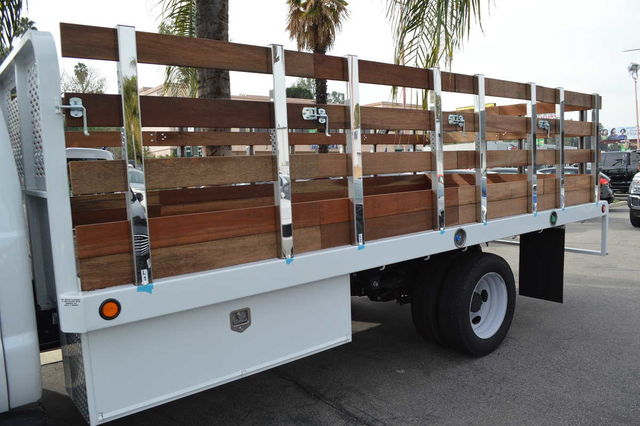 2016 F-550 Regular Cab DRW, Scelzi Platform Body #C161865 - photo 5
