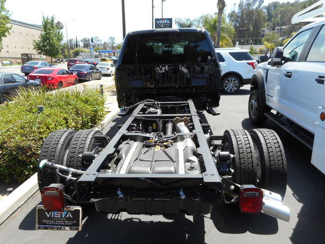 2017 F-550 Crew Cab DRW, Cab Chassis #C171238 - photo 2