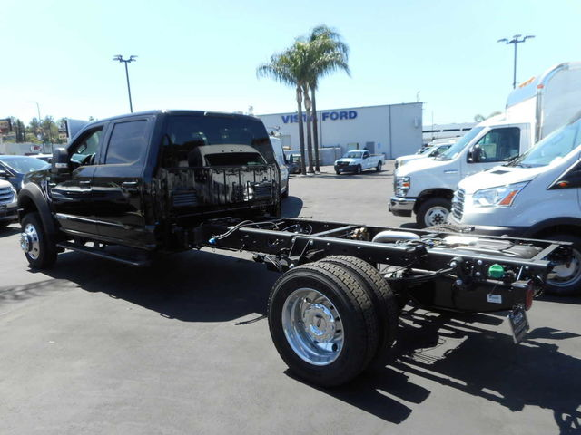 2017 F-550 Crew Cab DRW, Cab Chassis #C171246 - photo 2