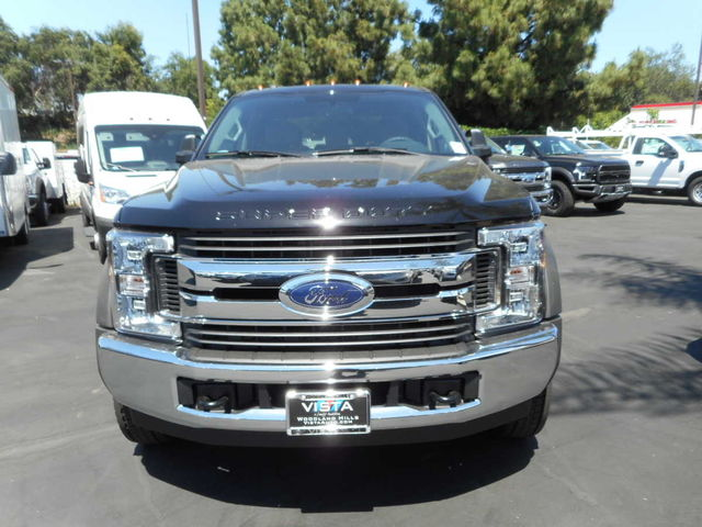 2017 F-550 Crew Cab DRW, Cab Chassis #C171246 - photo 4
