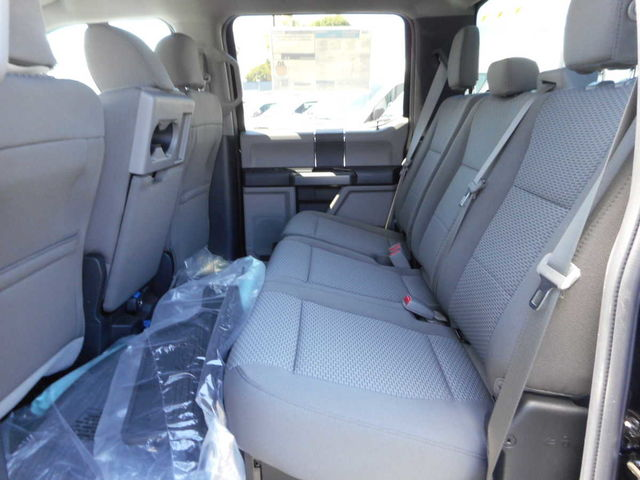 2017 F-550 Crew Cab DRW, Cab Chassis #C171246 - photo 11