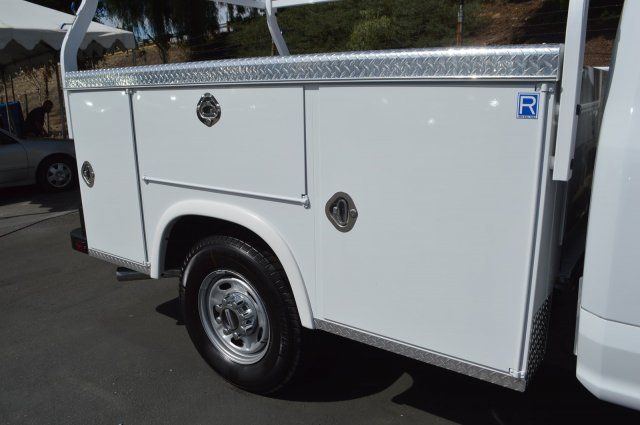 2018 F-250 Regular Cab 4x2,  Royal Service Body #C180626 - photo 6