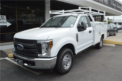 2018 F-250 Regular Cab 4x2,  Royal Service Body #C180961 - photo 4