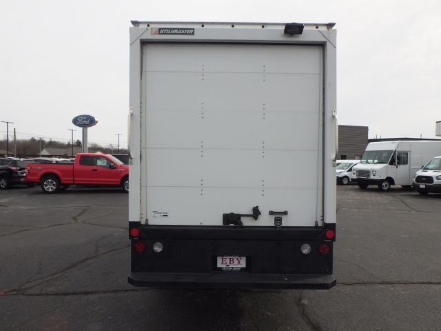2014 E-350, Utilimaster Cutaway Van #EDA52211 - photo 17