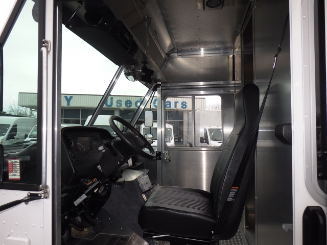 2016 E-450, Step Van / Walk-in #GDC13494 - photo 8