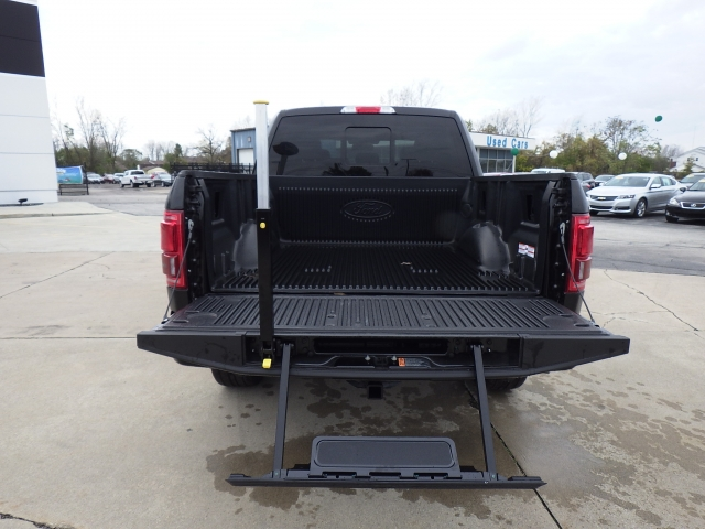 2016 F-150 SuperCrew Cab 4x4, Pickup #GFD61152 - photo 23