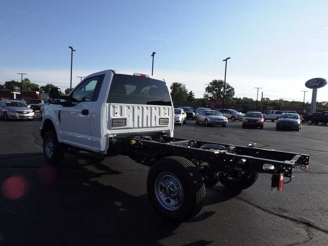 2017 F-350 Regular Cab 4x4, Cab Chassis #HEB27802 - photo 4
