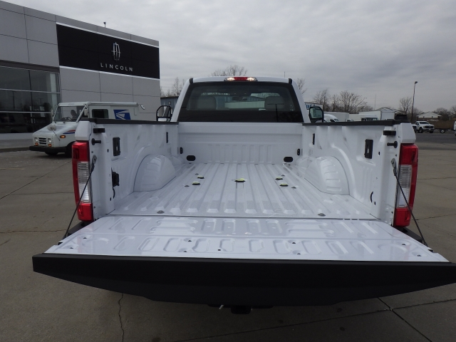 2017 F-350 Regular Cab DRW 4x4, Pickup #HEC95565 - photo 19