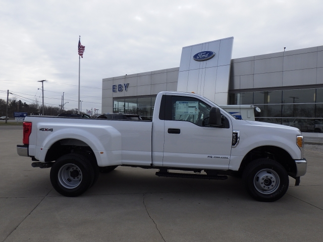2017 F-350 Regular Cab DRW 4x4, Pickup #HEC95565 - photo 22