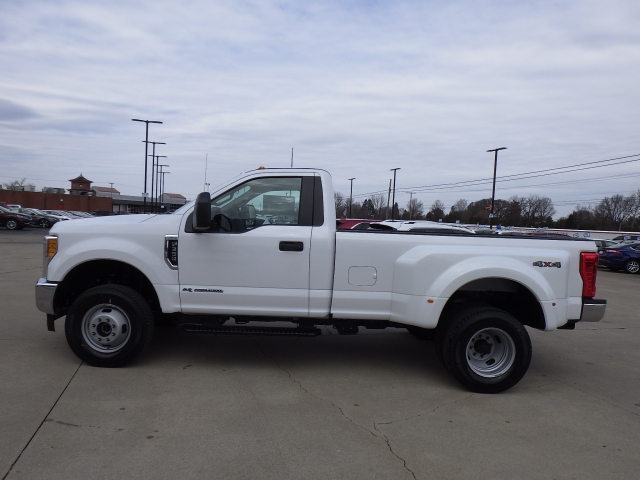 2017 F-350 Regular Cab DRW 4x4, Pickup #HEC95565 - photo 24