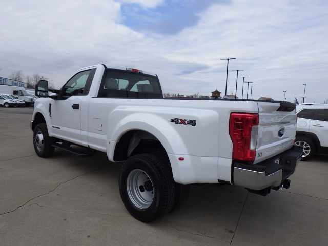 2017 F-350 Regular Cab DRW 4x4, Pickup #HEC95565 - photo 4