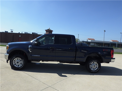 2017 F-350 Crew Cab 4x4 Pickup #HEE80610 - photo 26