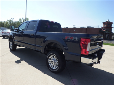 2017 F-350 Crew Cab 4x4 Pickup #HEE80610 - photo 4