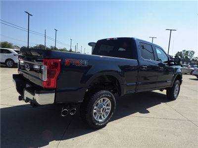 2017 F-350 Crew Cab 4x4 Pickup #HEE80610 - photo 2