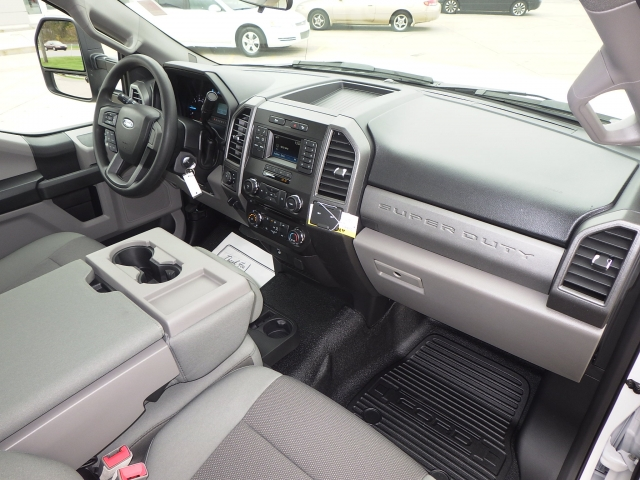 2017 F-250 Regular Cab 4x4 Pickup #HEF09999 - photo 6
