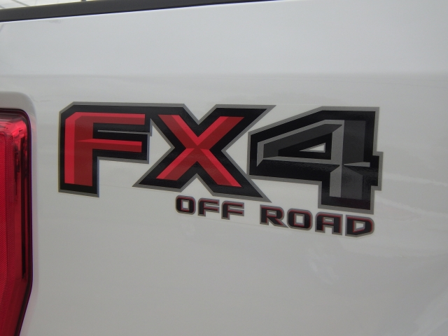 2017 F-250 Regular Cab 4x4 Pickup #HEF09999 - photo 17