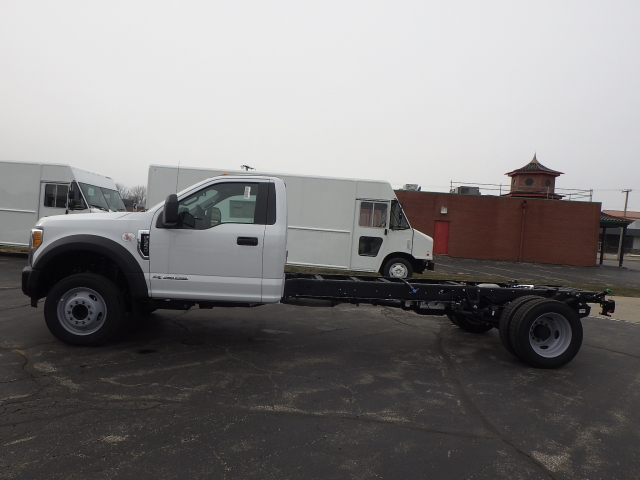 2017 F-550 Regular Cab DRW, Cab Chassis #HEF10000 - photo 21