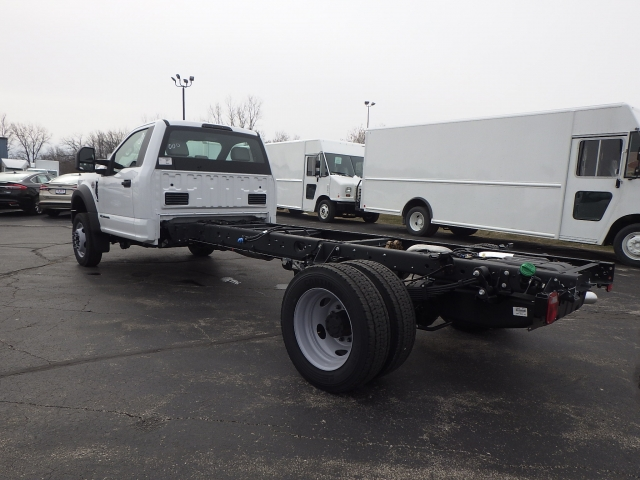 2017 F-550 Regular Cab DRW, Cab Chassis #HEF10000 - photo 4