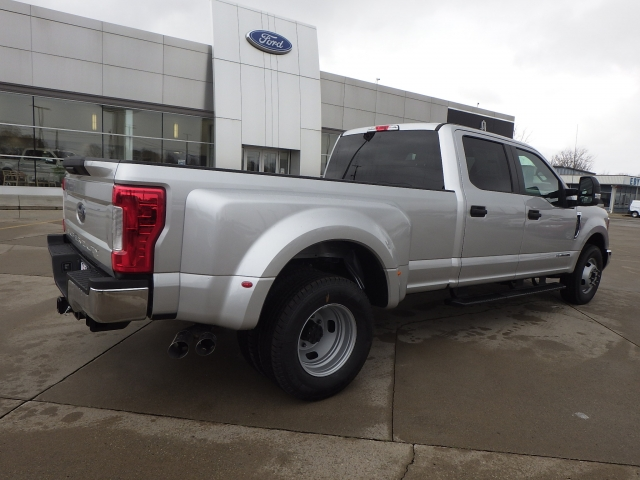 2017 F-350 Crew Cab DRW Pickup #HEF33828 - photo 2