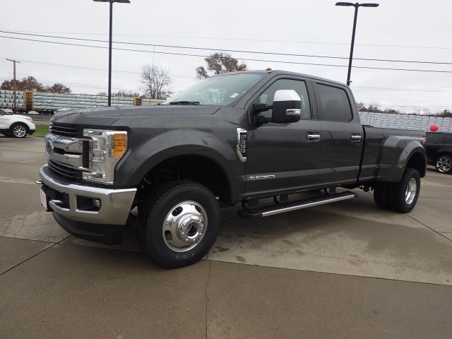 2017 F-350 Crew Cab DRW 4x4 Pickup #HEF45365 - photo 3