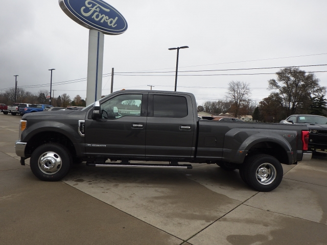 2017 F-350 Crew Cab DRW 4x4 Pickup #HEF45365 - photo 26