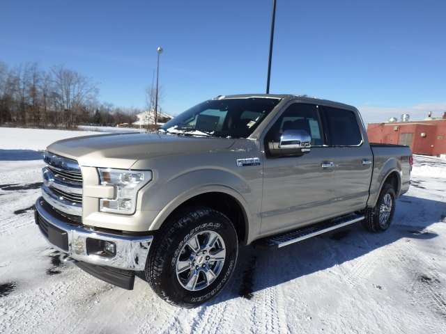 2017 F-150 SuperCrew Cab 4x4, Pickup #HFA85623 - photo 3