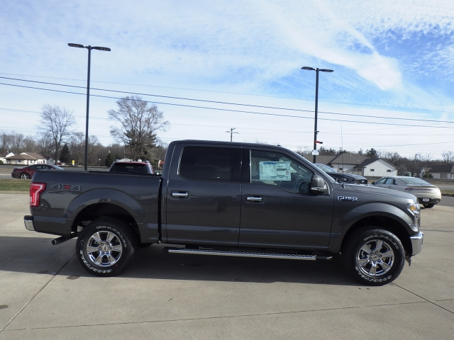 2017 F-150 SuperCrew Cab 4x4, Pickup #HFB08997 - photo 21