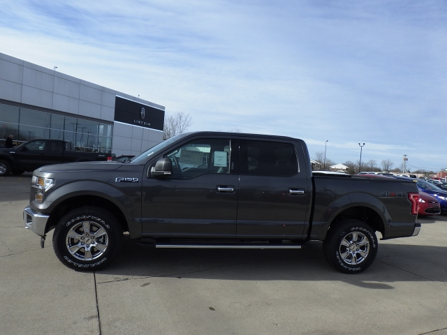 2017 F-150 SuperCrew Cab 4x4, Pickup #HFB08997 - photo 23