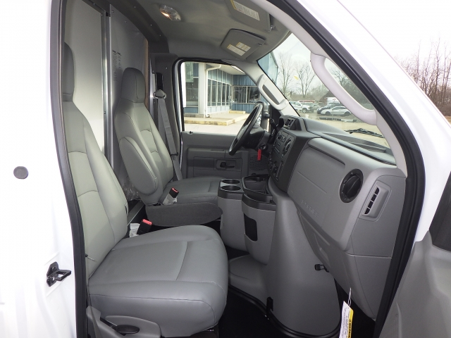 2018 E-350 4x2,  Rockport Cutaway Van #JDC27653 - photo 5