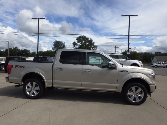 2018 F-150 Crew Cab 4x4, Pickup #JFA29884 - photo 25