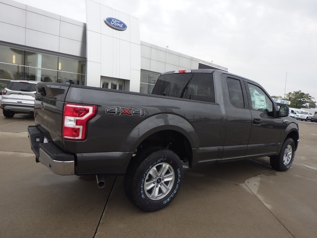 2018 F-150 Super Cab 4x4 Pickup #JFA80117 - photo 2