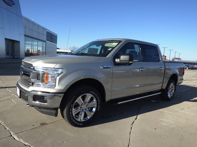 2018 F-150 Crew Cab 4x4 Pickup #JFB26099 - photo 3