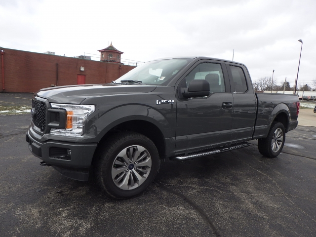 2018 F-150 Super Cab 4x4, Pickup #JFB56602 - photo 3