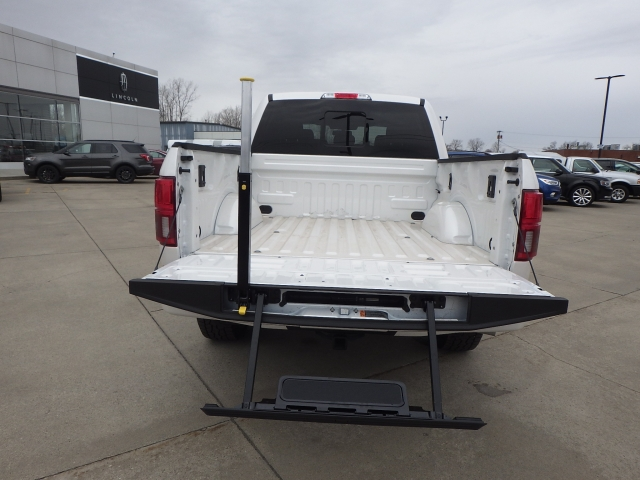 2018 F-150 Crew Cab 4x4, Pickup #JFB99039 - photo 21