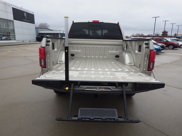 2018 F-150 Crew Cab 4x4, Pickup #JFB99040 - photo 22