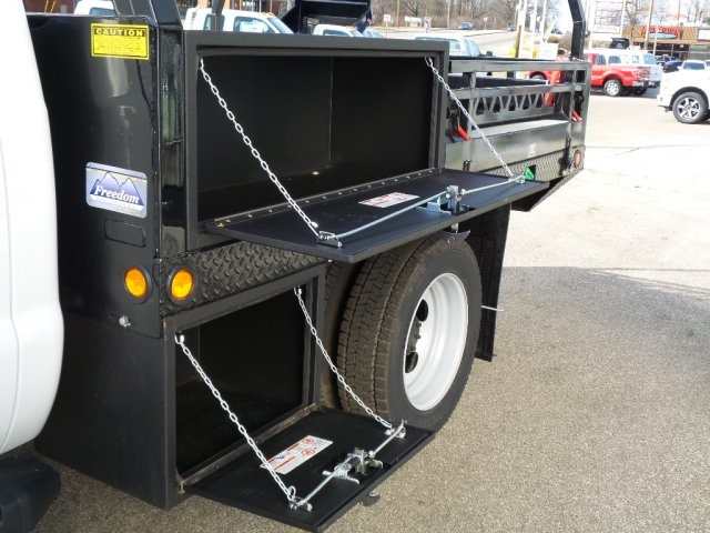 2016 F-450 Regular Cab DRW 4x4, Freedom Contractor Body #GEB34068 - photo 15