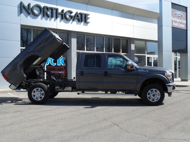2016 F-350 Crew Cab 4x4, Dump Body #GEC12259 - photo 3