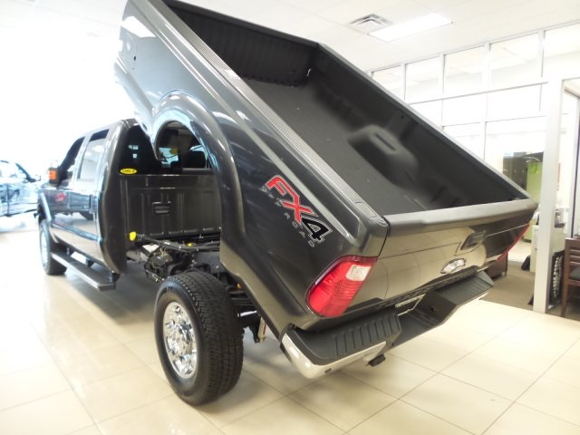 2016 F-350 Crew Cab 4x4, Dump Body #GEC12259 - photo 21
