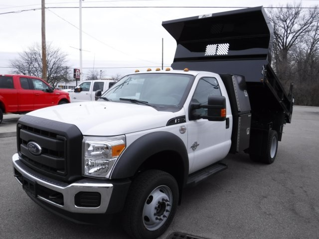 2016 F-550 Regular Cab DRW 4x4, Dump Body #GED16154 - photo 5