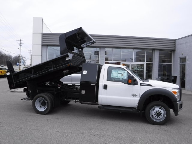 2016 F-550 Regular Cab DRW 4x4, Dump Body #GED16154 - photo 25