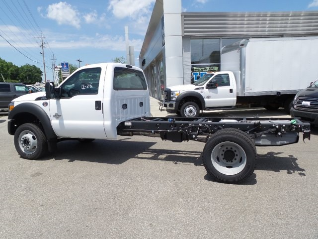 2016 F-550 Regular Cab DRW 4x4, Cab Chassis #GED16156 - photo 17