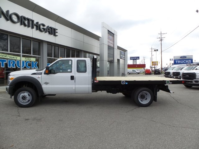 2016 F-450 Super Cab DRW 4x4, Monroe Platform Body #GED16158 - photo 16