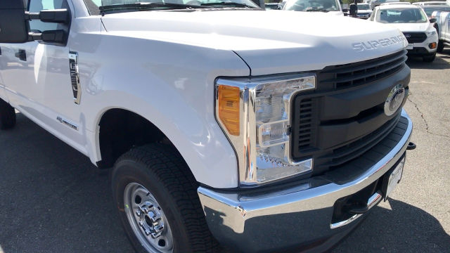 2017 F-250 Crew Cab 4x4, Pickup #HEE46564 - photo 11