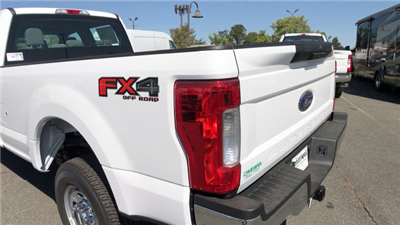 2017 F-250 Crew Cab 4x4, Pickup #HEE46564 - photo 30