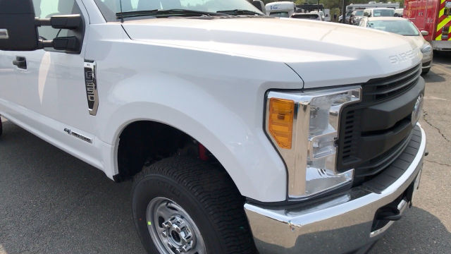 2017 F-250 Crew Cab 4x4 Pickup #HEE56812 - photo 11