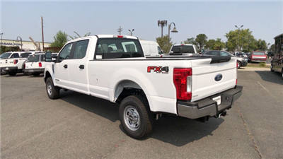 2017 F-250 Crew Cab 4x4 Pickup #HEE56812 - photo 6