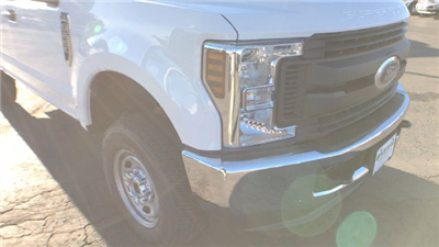 2018 F-250 Super Cab 4x4 Pickup #JEB29157 - photo 11